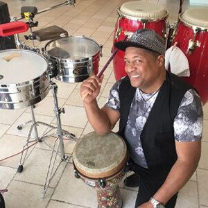 Percussionista e cantante cubano per matrimonio in Puglia