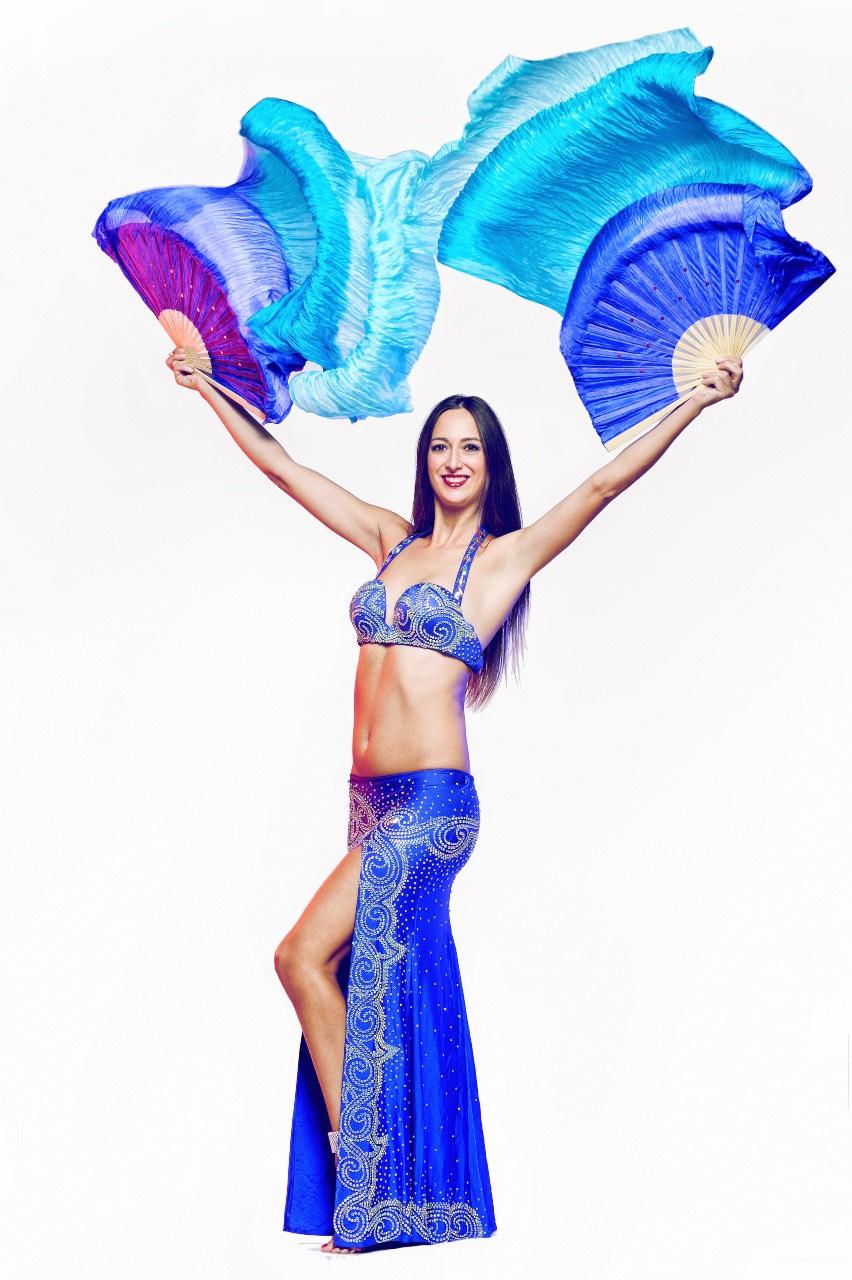 Jasmine danza del ventre matrimonio Puglia blu