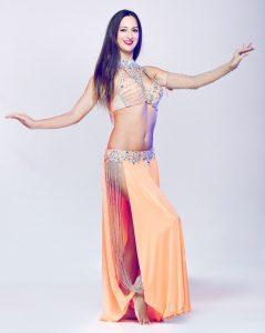 Jasmine danza del ventre matrimonio Puglia vertical